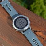 Skróty klawiszowe w zegarku Garmin Fenix 5