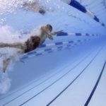 Pływanie na basenie z Garmin Vivoactive 3