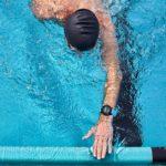 Pomiar tętna z nadgarstka w trakcie pływania
